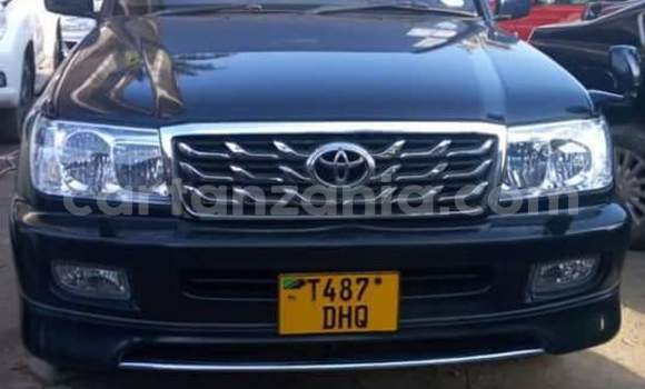 Buy Used Toyota Land Cruiser Black Car in Dar es Salaam in Dar es Salaam