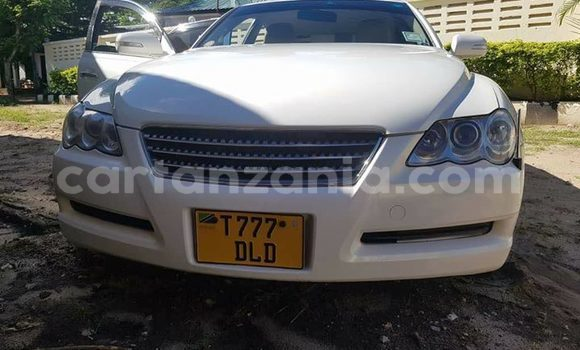 Buy Used Toyota Mark X White Car in Dar es Salaam in Dar es Salaam