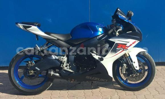 Buy Used Suzuki GSX–R Red Bike in Morogoro in Morogoro