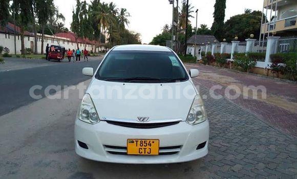 Buy Used Toyota Wish White Car in Dar es Salaam in Dar es Salaam