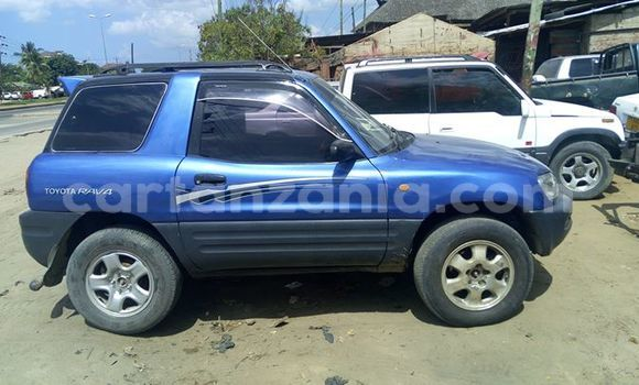 Buy Used Toyota RAV4 Blue Car in Dar es Salaam in Dar es Salaam