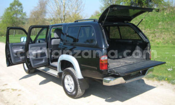 Buy Used Toyota Hilux Black Car in Arusha in Arusha