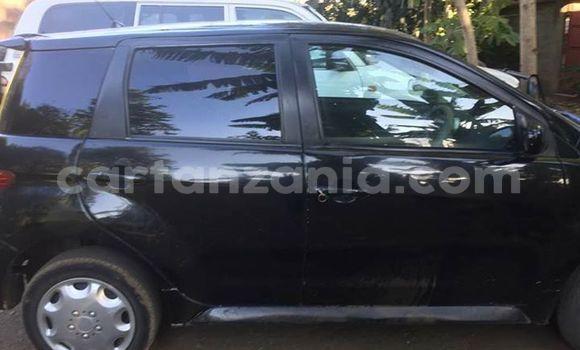 Buy Used Toyota IST Black Car in Dar es Salaam in Dar es Salaam