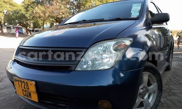 Buy Used Toyota IST Blue Car in Dar es Salaam in Dar es Salaam