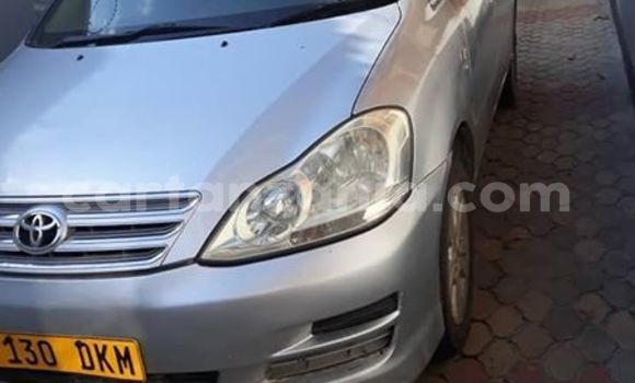 Buy Used Toyota Picnic Silver Car in Dar es Salaam in Dar es Salaam