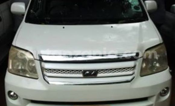 Buy Used Toyota Noah White Car in Dar es Salaam in Dar es Salaam