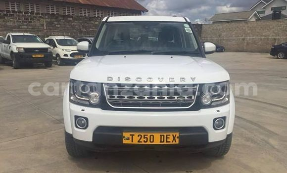 Buy Used Land Rover Discovery White Car in Dar es Salaam in Dar es Salaam