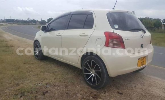 Buy Imported Toyota Vitz White Car in Dar es Salaam in Dar es Salaam