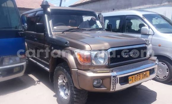 Buy Imported Toyota Land Cruiser Brown Car in Dar es Salaam in Dar es Salaam