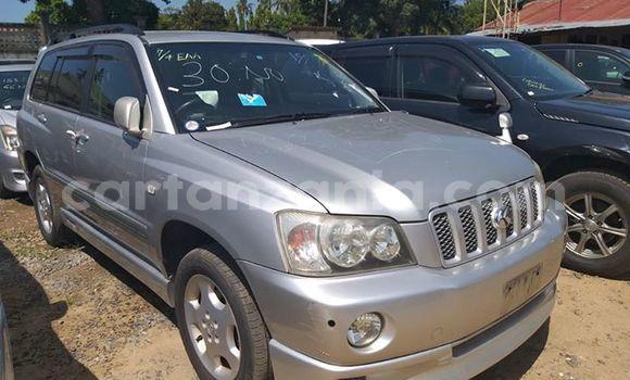 Buy Imported Toyota Kluger Silver Car in Dar es Salaam in Dar es Salaam