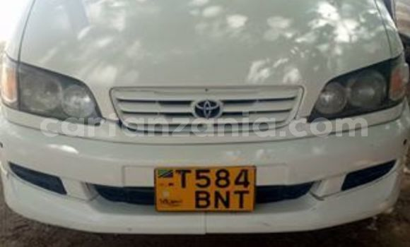 Buy Used Toyota Ipsum White Car in Dodoma in Dodoma