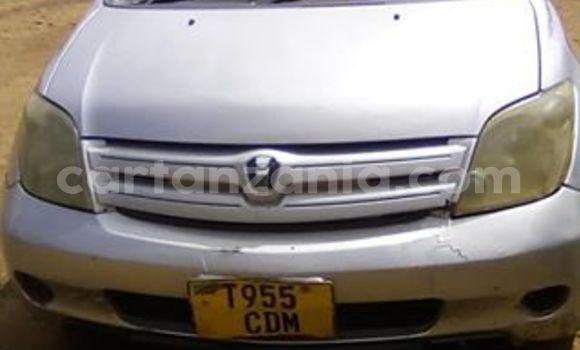 Buy Used Toyota Ist Silver Car in Njombe in Njombe
