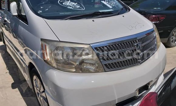Buy Used Toyota Alphard White Car in Dar es Salaam in Dar es Salaam
