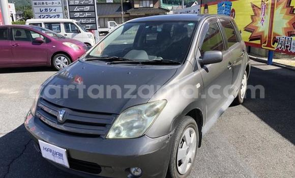 Buy Used Toyota Ist Black Car in Arusha in Arusha