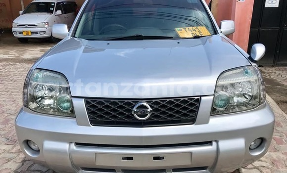 Buy Used Nissan X-Trail Silver Car in Dar es Salaam in Dar es Salaam