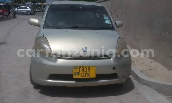 Buy Used Toyota Passo Silver Car in Dar es Salaam in Dar es Salaam