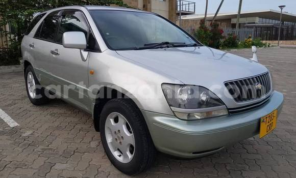 Buy Used Toyota Harrier Silver Car in Dar es Salaam in Dar es Salaam