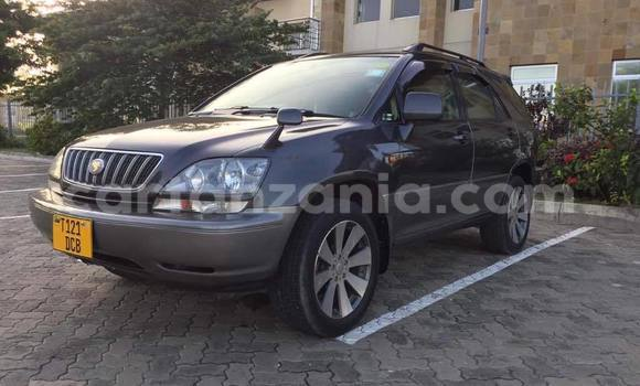 Buy Used Toyota Estima Black Car in Dar es Salaam in Dar es Salaam