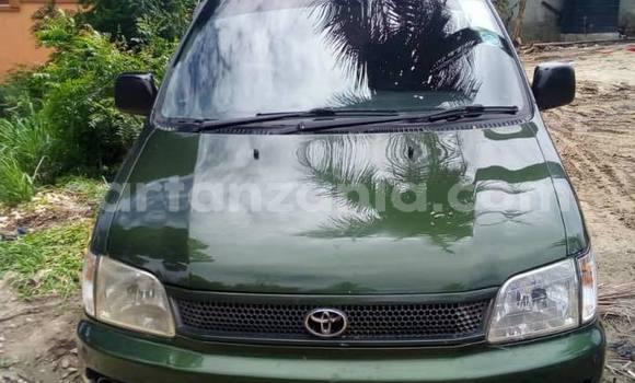 Buy Used Toyota Noah Green Car in Dar es Salaam in Dar es Salaam