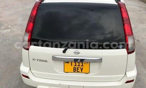 Buy Used Nissan X-Trail White Car in Dar es Salaam in Dar es Salaam