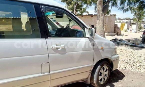 Buy Used Toyota Noah White Car in Dodoma in Dodoma