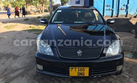 Buy Used Toyota Crown Black Car in Dar es Salaam in Dar es Salaam