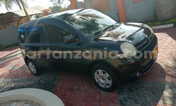 Buy Used Toyota Sienta Black Car in Dar es Salaam in Dar es Salaam