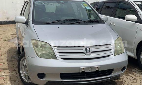 Buy Used Toyota Ist Silver Car in Dar es Salaam in Dar es Salaam