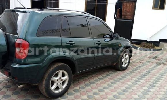 Buy Used Toyota RAV4 Green Car in Dar es Salaam in Dar es Salaam