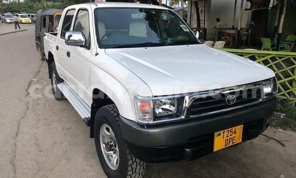 Buy Used Toyota Hilux White Car in Dar es Salaam in Dar es Salaam