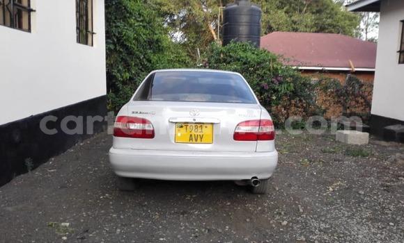 Buy Used Toyota Corolla White Car in Arusha in Arusha