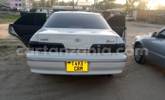 Buy Used Toyota Mark II White Car in Dar es Salaam in Dar es Salaam