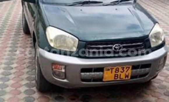 Buy Used Toyota RAV4 Green Car in Dar es Salaam in Dar es Salaam