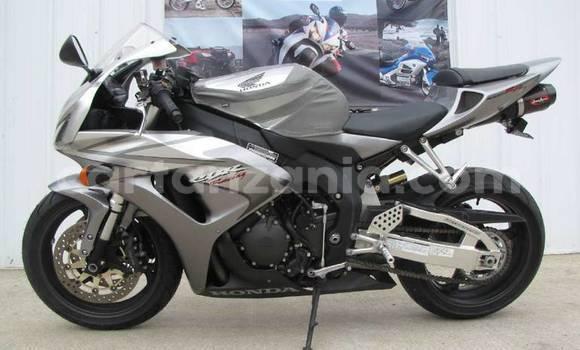 Medium with watermark 2006 honda cbr1000rr cbr1000rr motorcycles for sale 54476