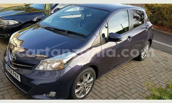 Buy Used Toyota Runx Blue Car in Arusha in Arusha