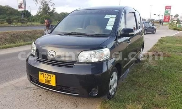 Buy Used Toyota Porte Black Car in Dar es Salaam in Dar es Salaam