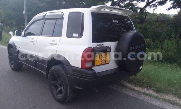 Buy Used Suzuki Grand Vitara White Car in Dar es Salaam in Dar es Salaam