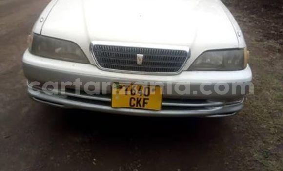 Buy Used Toyota Cresta White Car in Tanga in Tanga