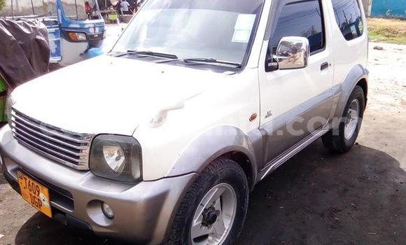 Buy Used Suzuki Jimny White Car in Dar es Salaam in Dar es Salaam