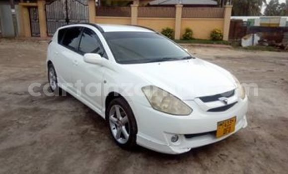 Buy Used Toyota Caldina White Car in Dar es Salaam in Dar es Salaam
