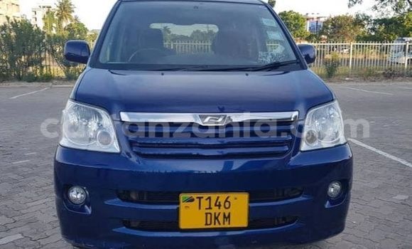 Buy Used Toyota Noah Blue Car in Dar es Salaam in Dar es Salaam