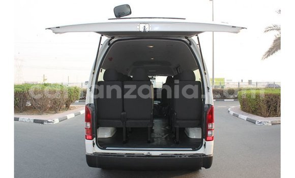 Buy Import Toyota Hiace White Car in Import - Dubai in Arusha