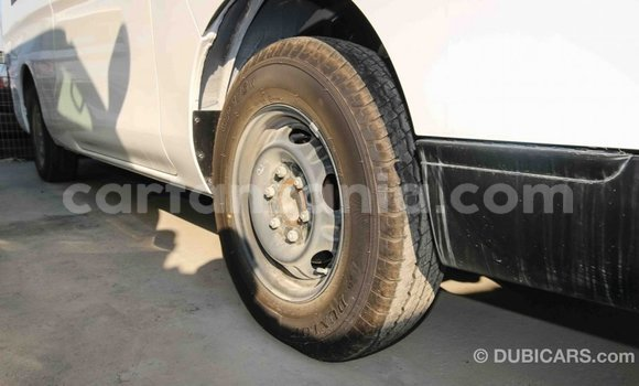 Buy Import Nissan Evalia White Truck in Import - Dubai in Arusha