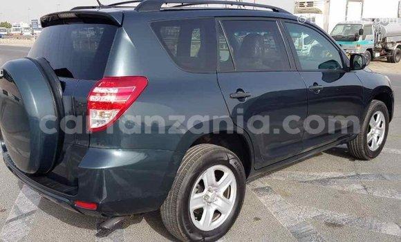 Buy Import Toyota Ade Green Truck in Import - Dubai in Arusha