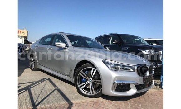 Medium with watermark bmw k arusha import dubai 8549