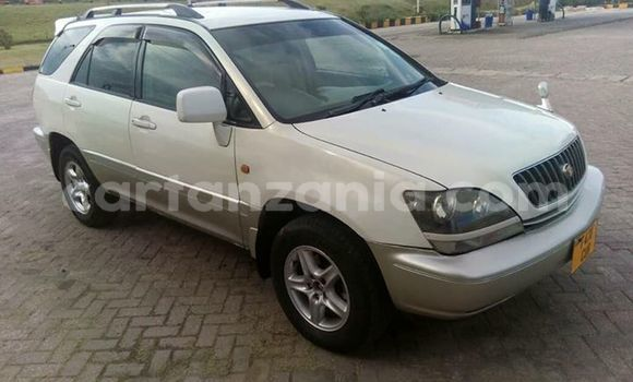 Buy Used Toyota Harrier Silver Car in Ilala in Dar es Salaam