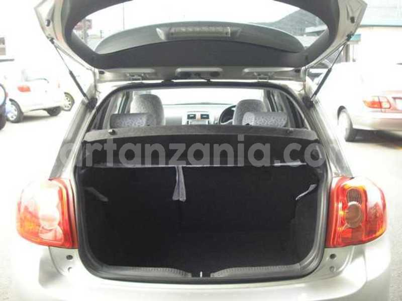 Big with watermark toyota auris 2008 1y