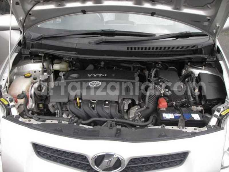 Big with watermark toyota auris 2008 34