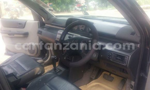 Buy Used Nissan X–Trail Black Car in Karatu in Arusha