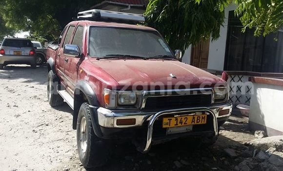 Buy Used Toyota Hilux Red Car in Karatu in Arusha